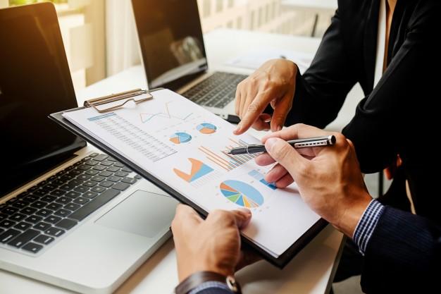 Zahteve dela na področju poslovne informatike