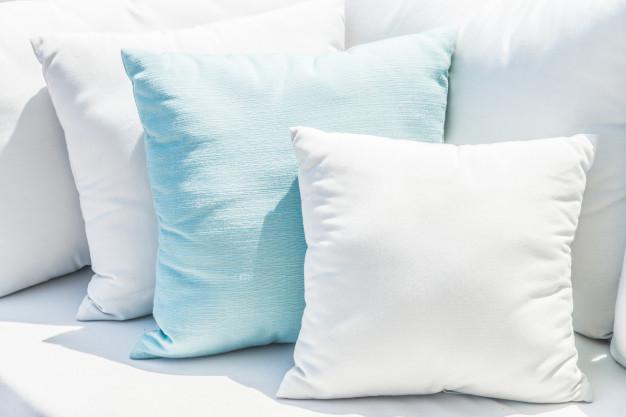 Izberite mehko in kvalitetno posteljno pregrinjalo